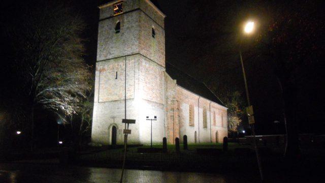 Verlichting Nederlandse Hervormde kerk   Dorpsbelangen Siddeburen